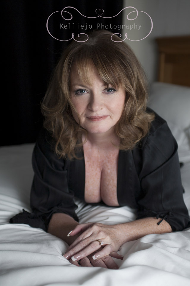 Alison Boudoir Photo Shoot by Cheshire Photographer Kelliejo Pho