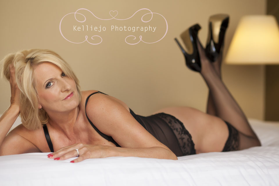 Boudoir photoshoot at The Palace Hotel, Manchester by Cheshire boudoir photographer Kelliejo photography 6